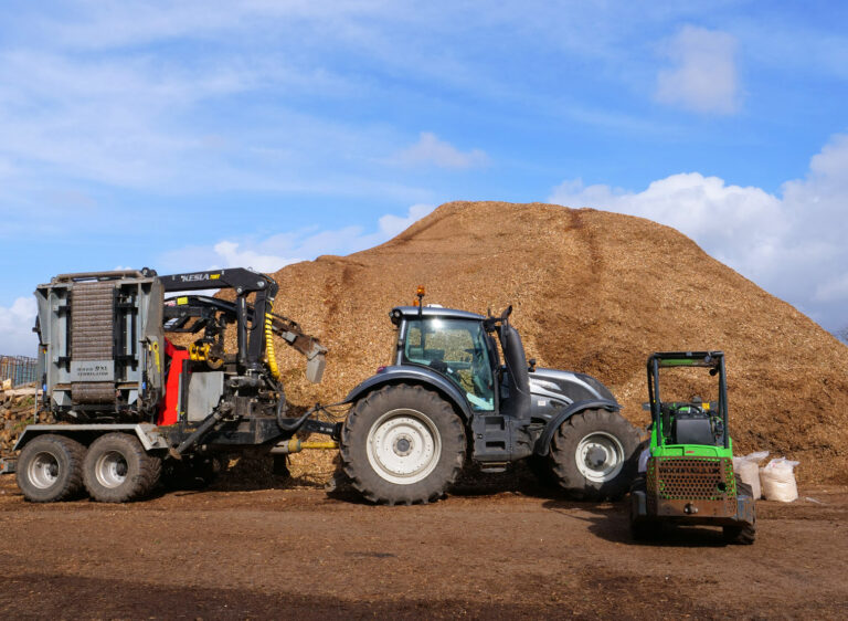 commercial wood chipping